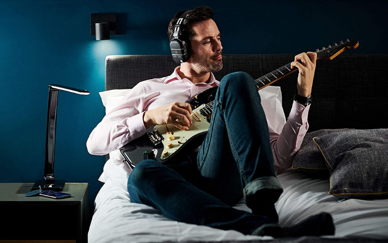 Best Headphones for Guitar Amps Buying Guide